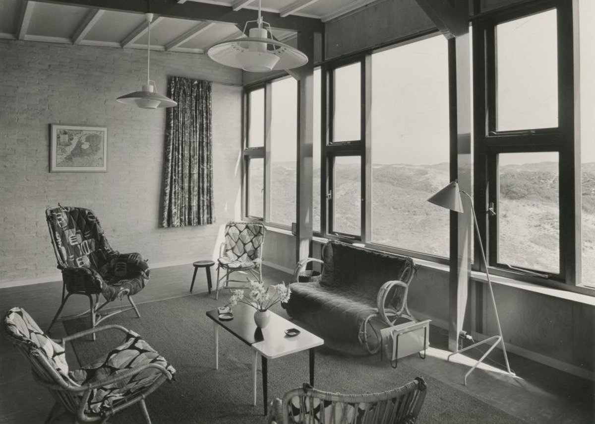 A Komter, Holiday Home for the Levy Family, Bergen aan Zee, 1954. Collection Het Nieuwe Instituut, KOMT f45. From Pleasure Parks, part of the Dissident Gardens exhibition programme at the Het Nieuwe Instituut in Rotterdam.