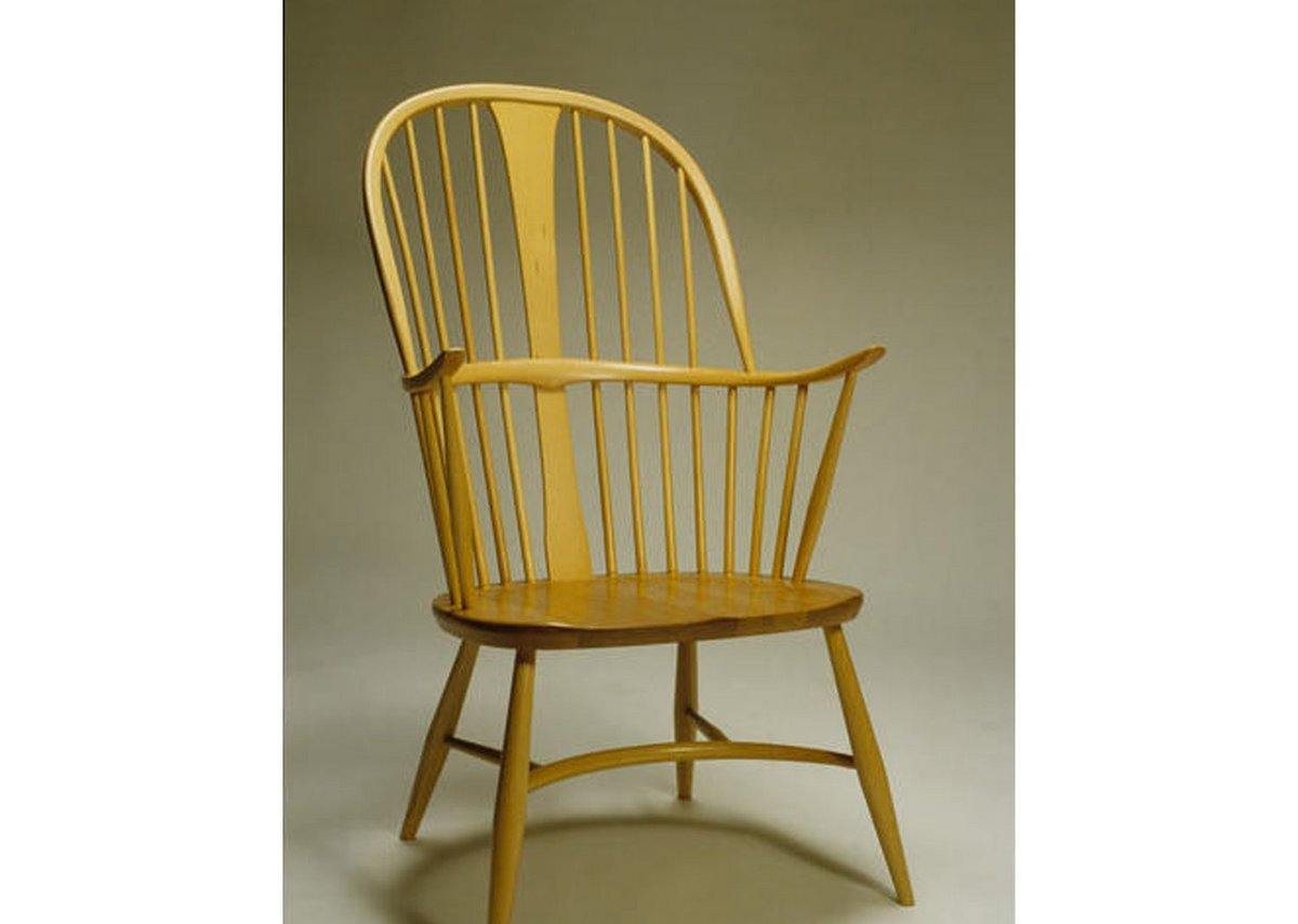 Ercol beech Chairmaker's Windsor armchair, by Luciano Ercolani.