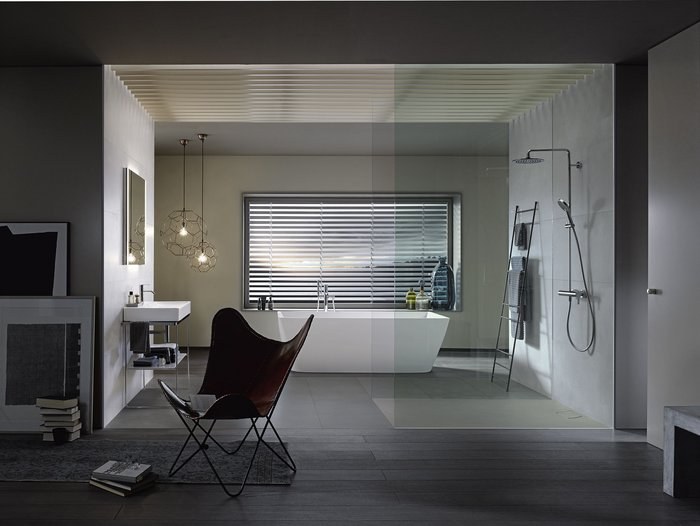 Stonetto from Duravit can be installed flush with the floor, recessed or floor-mounted.