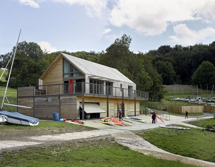 Llandegfedd Visitor Centre and Watersports Centre