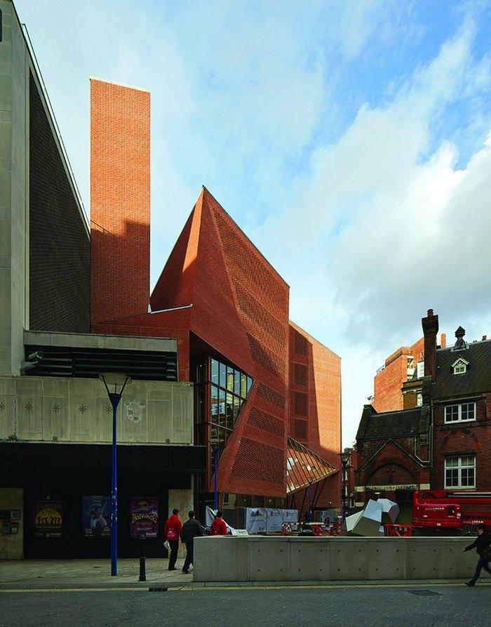 London School of Economics Saw Swee Hock Student Centre