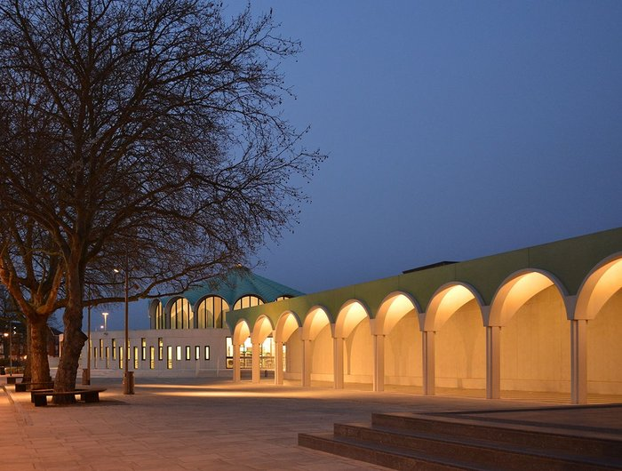 De Chirico quality to the new town square. Arcade extrapolated from Gibberd's scalloped library dome.