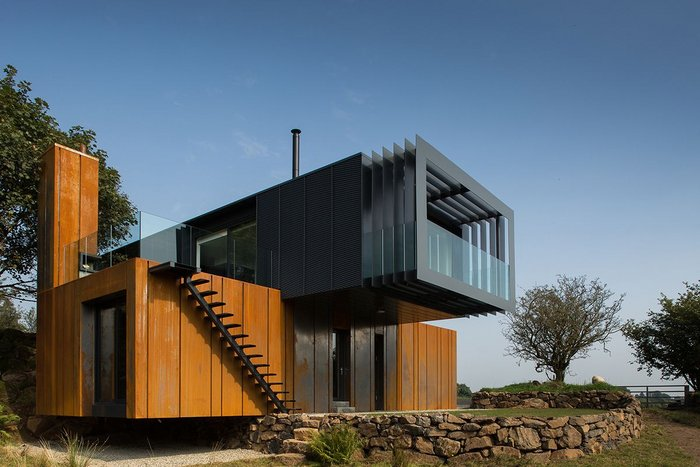 Grillagh Water House, Maghera, Londonderry – Patrick Bradley Architects. Click on image