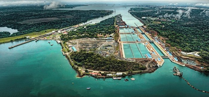 Bird's-eye view of new Panama Canal extension to right, with its nine water-saving basins. The two older lanes are to the left.