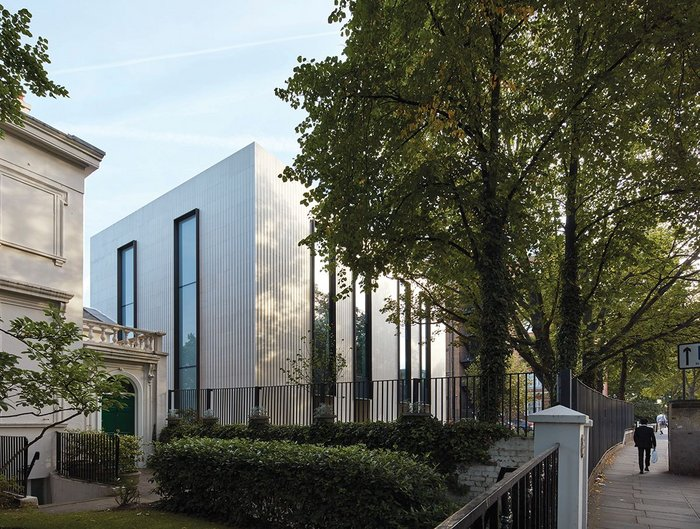 Looking east along Grove End Road, the ASL's new Arts block references the adjacent 19th century villa in an abstract way.