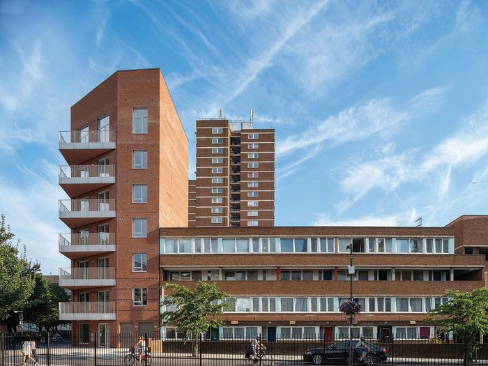 Marklake Court, 27 homes for social rent built on the site of 12 Council-owned lock up garages, acts as a gateway building for Southwark's 1960s Kipling Estate.
