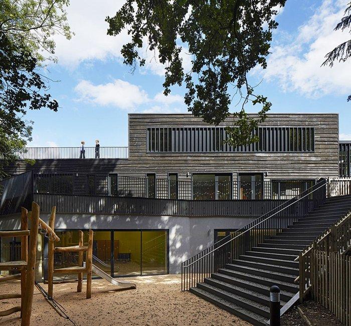 Davenies School, Beaconsfield