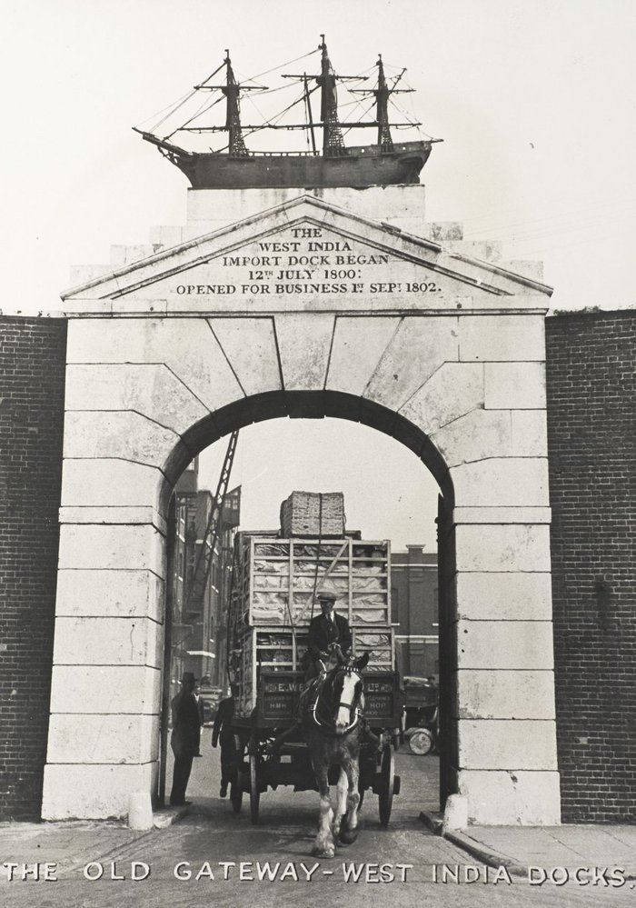 The Old Gateway, West India Docks, pre-1932.