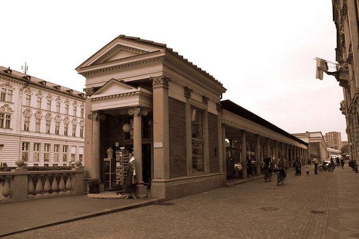 Ljubljana Central Market, Slovenia, Joze Plecnik, 1940-2.
