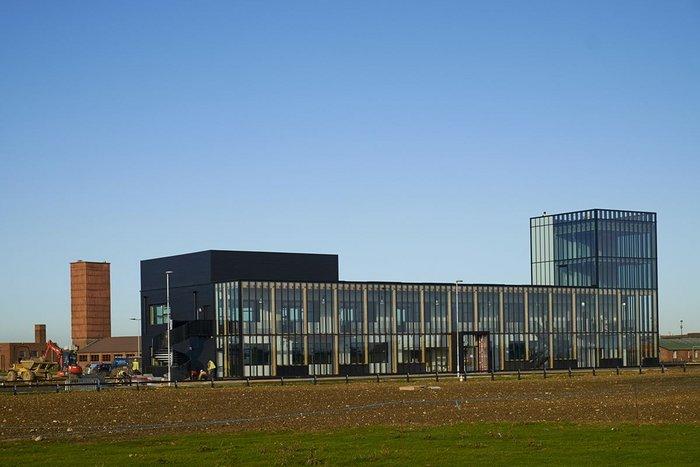 Alconbury Incubator Building – Allford Hall Monaghan Morris. Click on image.