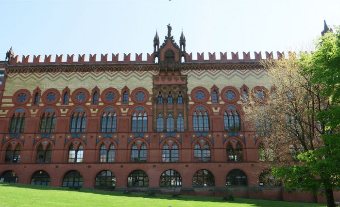 Templeton's Carpet Factory. Leiper's Doge's Palace-inspired facade helped gain planning permission for the building after two unsuccessful attempts.