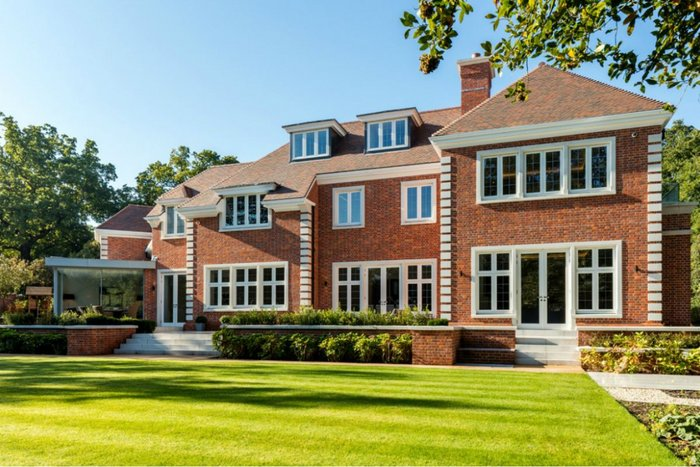 Kingston upon Thames new-build featuring Lomax + Wood made-to-order timber casement windows and French doors.