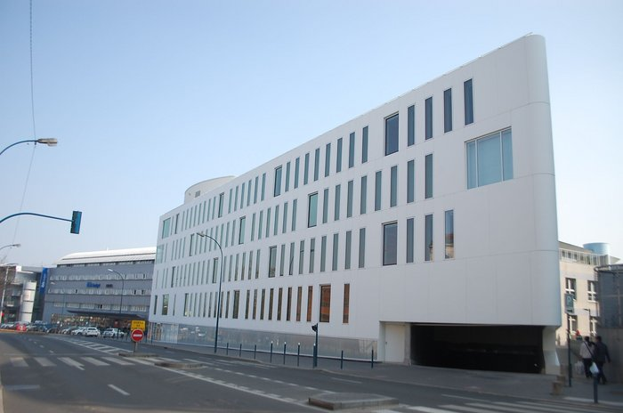 The new Regional Environmental City  building in Pantin, France, by Fassio and Viau  with DuPont™ Corian® in the Glacier White to the façade and DuPont™  Tyvek® breather membrane as a weather barrier.
