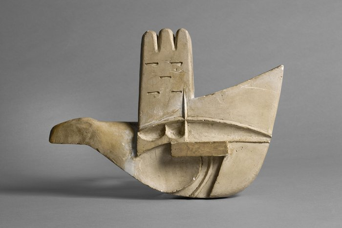 Maquette of the Open Hand Monument, Le Corbusier.