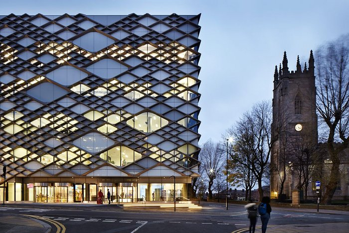 University of Sheffield's Faculty of Engineering is covered by an intricate pattern of thousands of anodised aluminium diamonds.