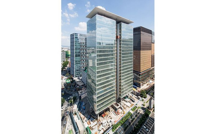 RPBW's KT Building in Seoul,  South Korea, adopting foot traffic as well  as high speed lifts as part of its vertical circulation strategy.