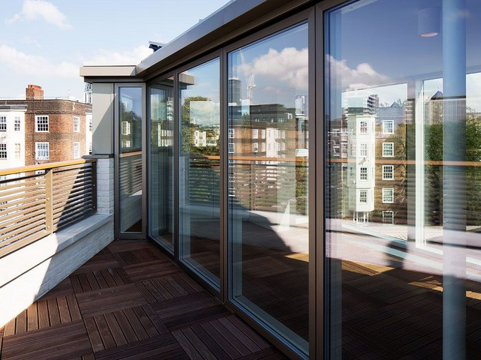 111 Tyers Street project by Evans & Opher Architects in London uses Velfac glazing.