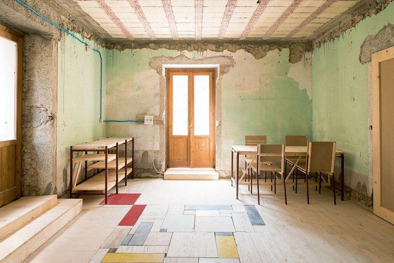 Casa di Belmondo restored by the Rivoluzione delle Seppie. Project by Orizzontale.
