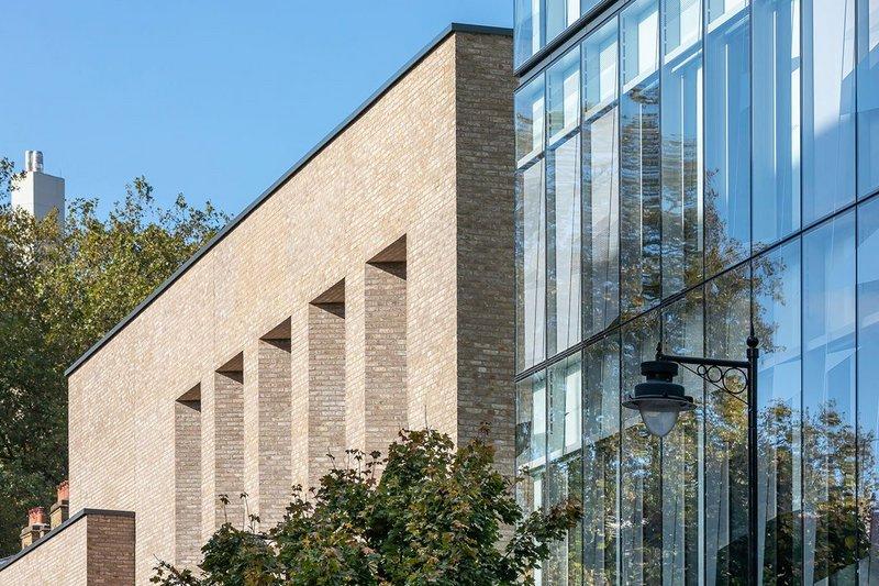 Warm brickwork meets cool glass: Vandersanden Anicius brick on the main facade of The City Law School, part of City University of London.