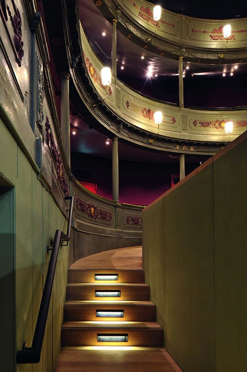 Blonski felt it important to reintroduce original experiences – here he has brought back the old entrance into the stalls area from below rather than from the dress circle.