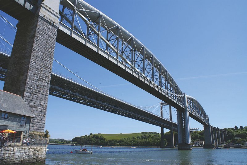 The two great arches span 140m each across the River Tamar.