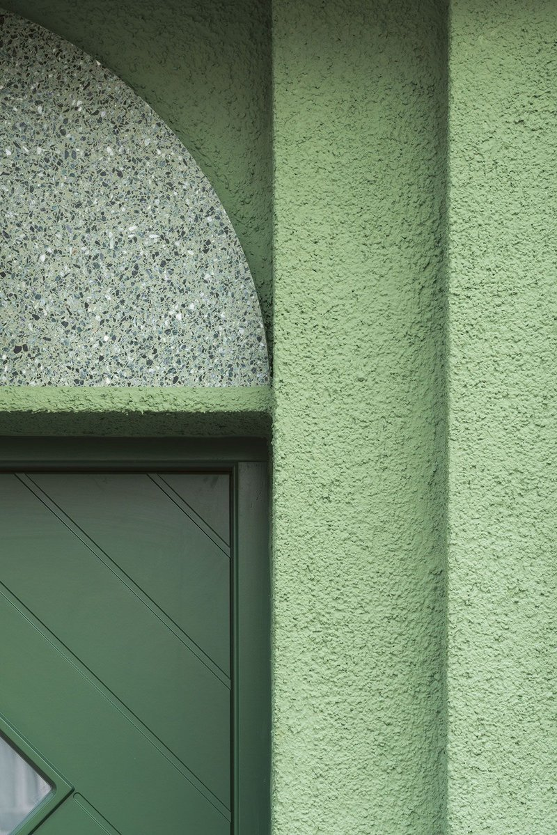 Green on green on green: geometric entrance door detail