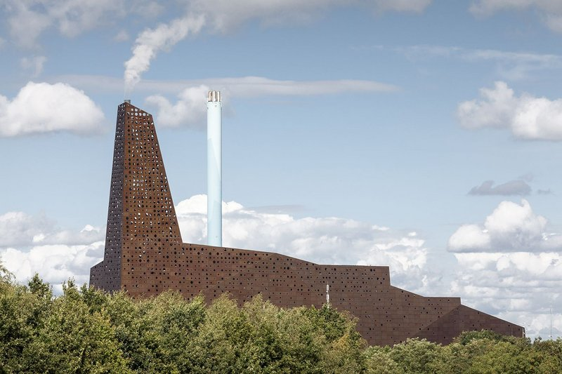 Homage is paid to the spires of Roskilde's Unesco-protected cathedral by the Incineration Line building.
