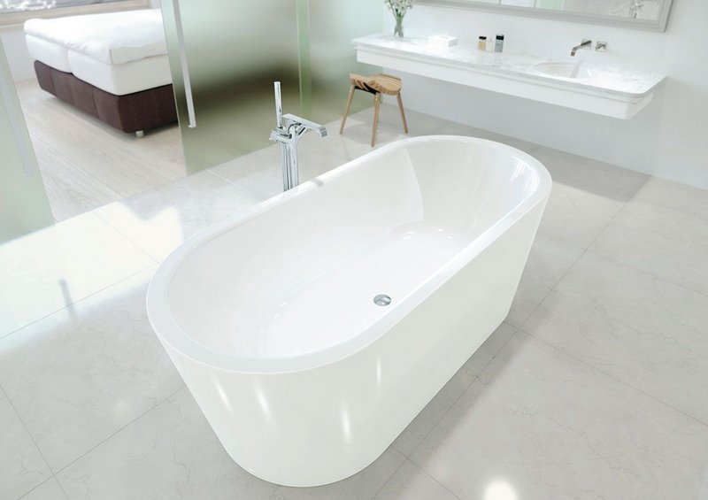 Kaldewei's Meisterstück Classic Duo Oval: the freestanding bathtub is the epitome of opulent bathroom architecture.