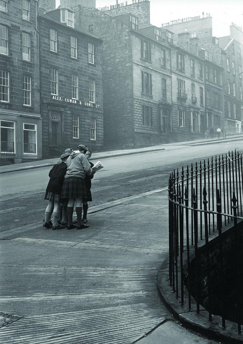 Corner of Dublin Street and Abercrombie Place, Edinburgh New Town, 1964.