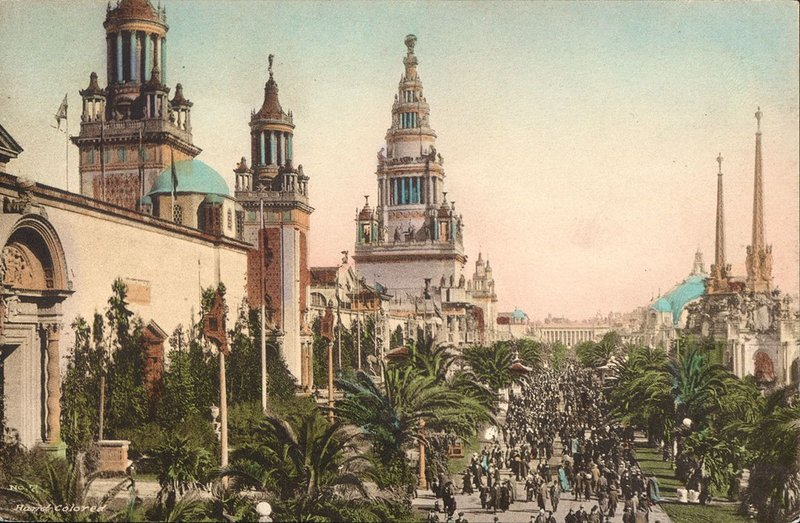 The Tower of Jewels at the Panama-Pacific International Exposition 1915. Albertype PC Avenue of Palms.