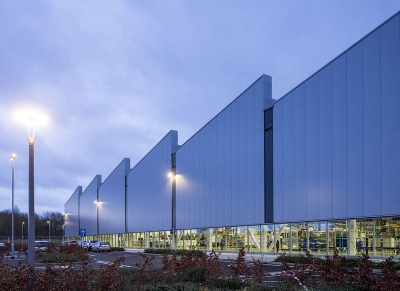 Exterior of Jaguar Land Rover Engine Manufacturing Centre, Wolverhampton, designed by Arup Associates