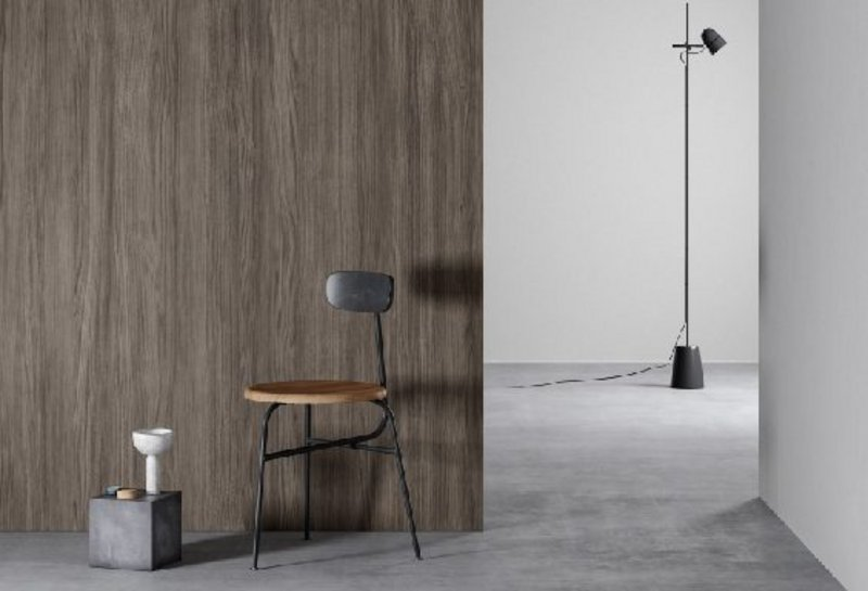 Natural-looking materials on a self-adhesive roll: DI-NOC finishes adhere to smooth and rough surfaces and can be used to cover interior and exterior walls, furniture, countertops and fittings. DI-NOC FW-1983 behind the chair and PS-1989MT on the wall.