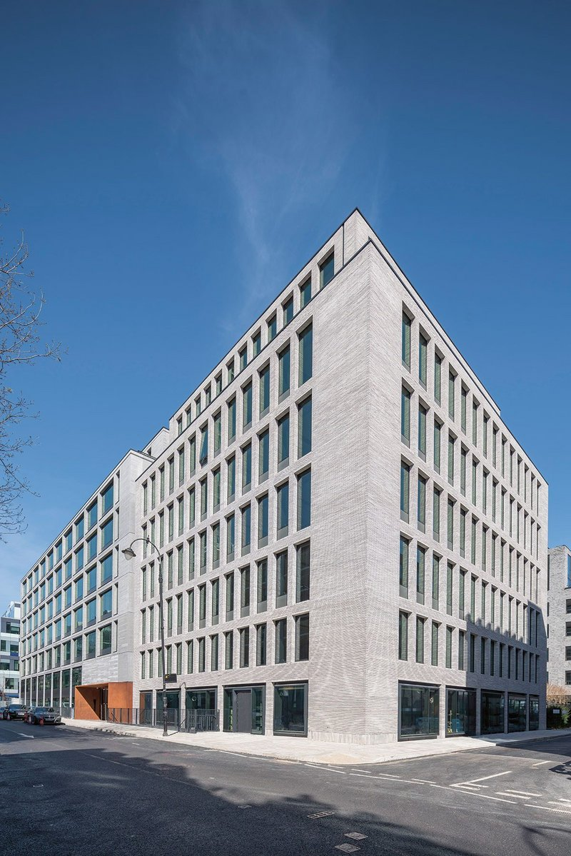 On Make Architects' recently completed 80 Charlotte Street, London, for Derwent London, Multiplex used green tariffs during construction to save 450 tonnes of CO2.