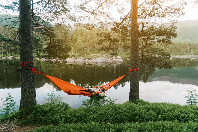 Lean luxury in hammock form.