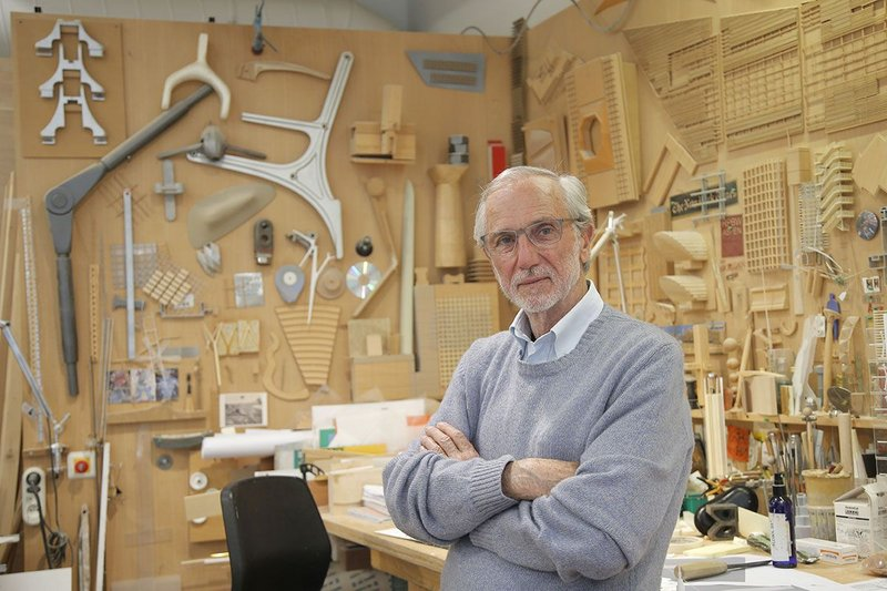 Renzo Piano in his workshop in Paris, 2015.