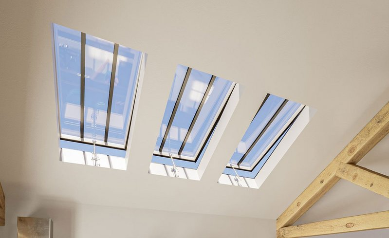 Conservation Rooflights: Top-hinged for an authentic appearance.