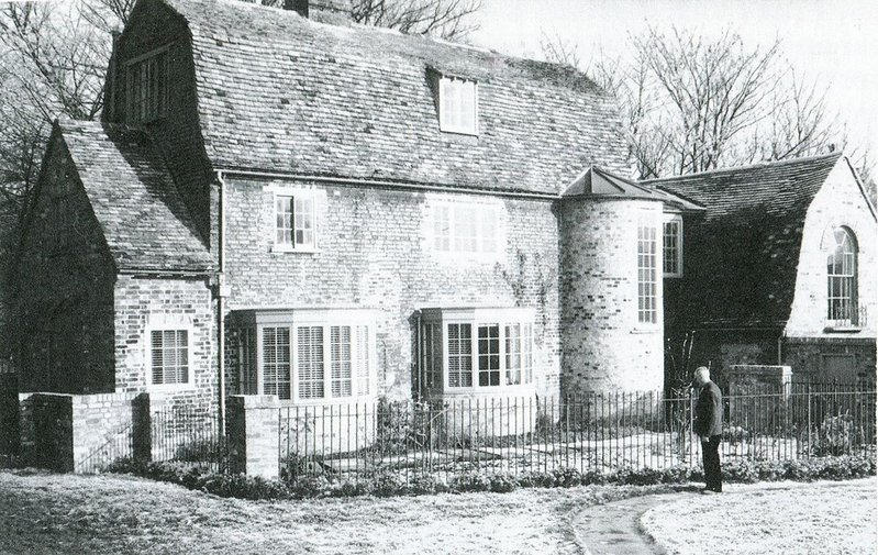 The Victorian cottages as found the Edes found them in 1956.