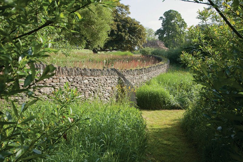 Dry stone walls, hedgerows and meadows were part of a wider plan at the Coastal House in Devon. This wide-ranging approach was also taken at the Lutyens' house of Folly Farm where Pearson's landscaping improved the 4.5ha of habitat as well as taking on the garden in the spirit of its designer, Gertrude Jekyll.