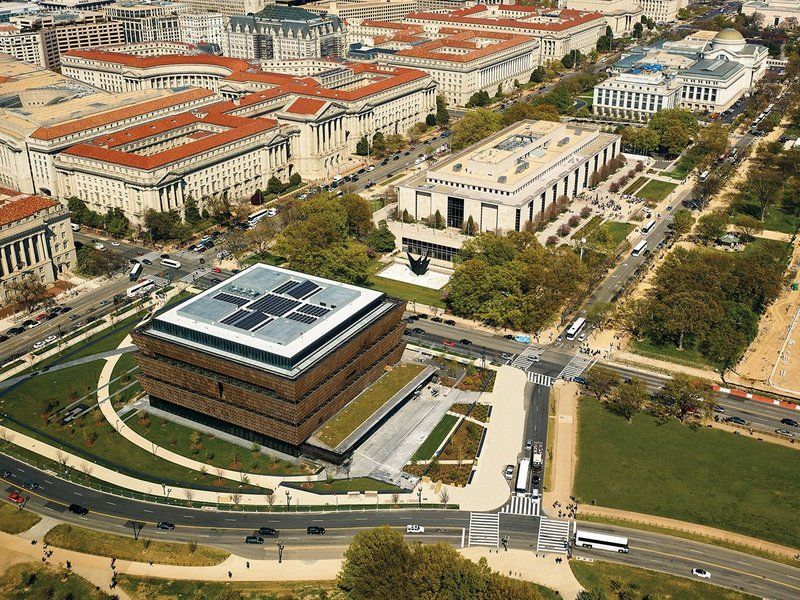 Aerial view of the new NMAAHC looking east past the other Smithsonian museums.