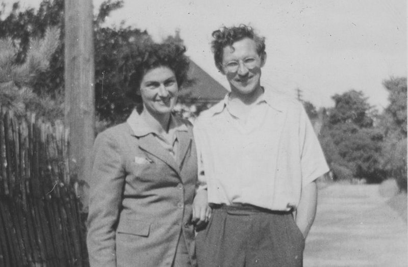 Anni and Malcolm McEwen in 1947