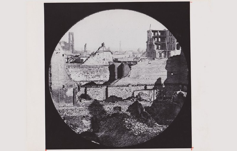 What was left of the Court House at Dearborn and Randolph, 1871.