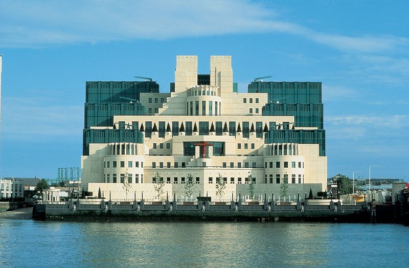 Terry Farrell & Partners, SIS or MI6 Building at Vauxhall Cross, London, 1994.