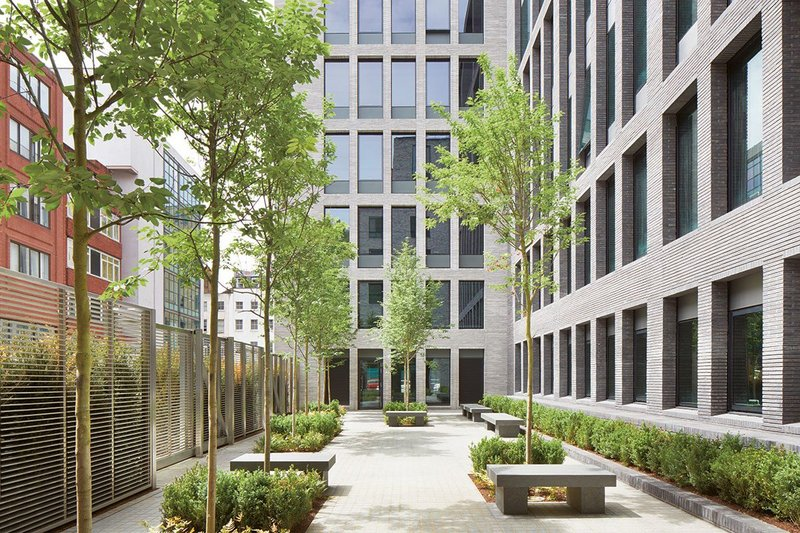 Contractor, architect and client working together secured BREEAM Excellent at design stage for 80 Charlotte Street. Targeting LEED Gold and EPC B, it was designed to achieve 28% lower embodied carbon intensity than the RICS benchmark, and has solar thermal and air source heat pumps.