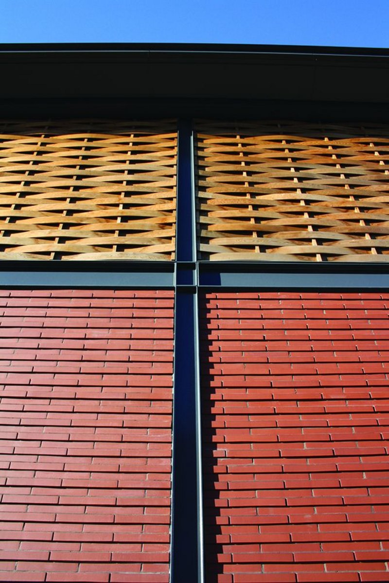 Shopping basket weave: unusual cladding detail on the market's exterior.