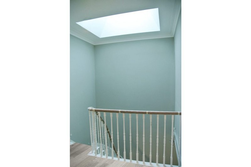 The Neo rooflight: 14 standard sizes plus a made-to-measure service are available.