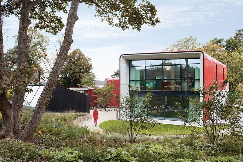 With its welcoming, south-facing courtyard entrance, ARD's Maggie's Centre and its black garden room nestle comfortably in Piet Oudolf's garden.