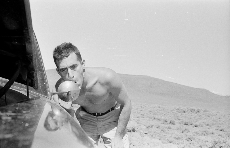 Ted Cullinan on the road in California in 1957, making use of a borrowed Chevrolet Corvette. Credit: Patrick Morreau