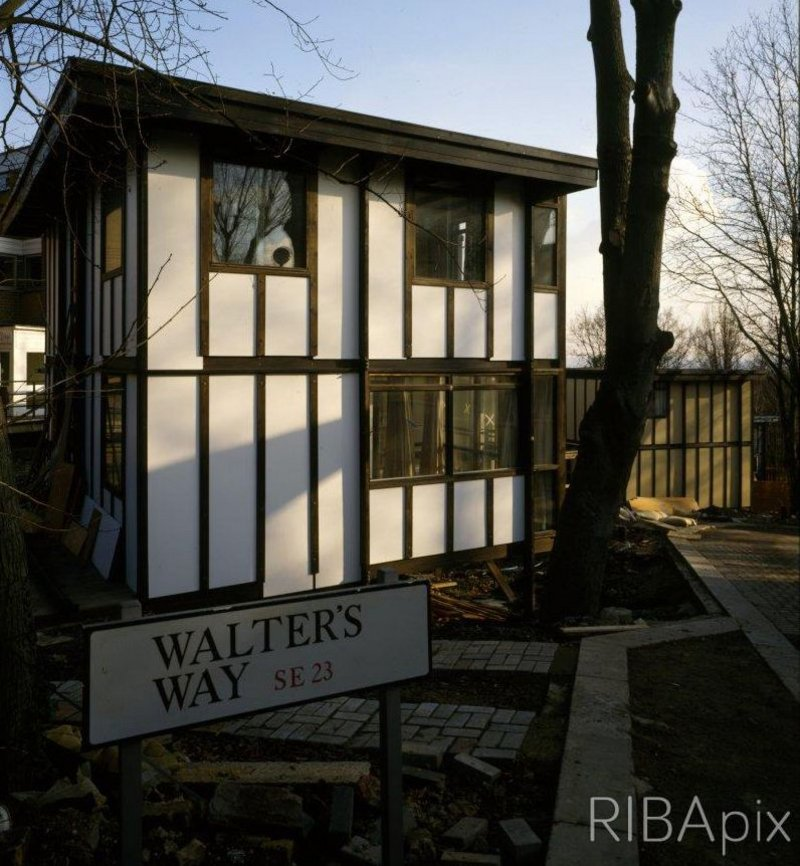 Walter Segal's Method House. Click on image for details.