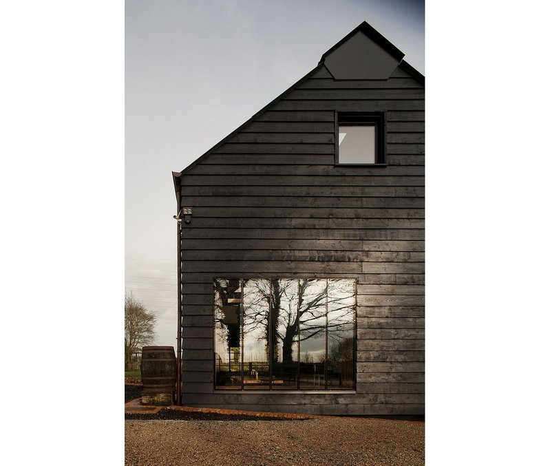 Ancient Party Barn, Kent – Liddicoat & Goldhill. Click on the image