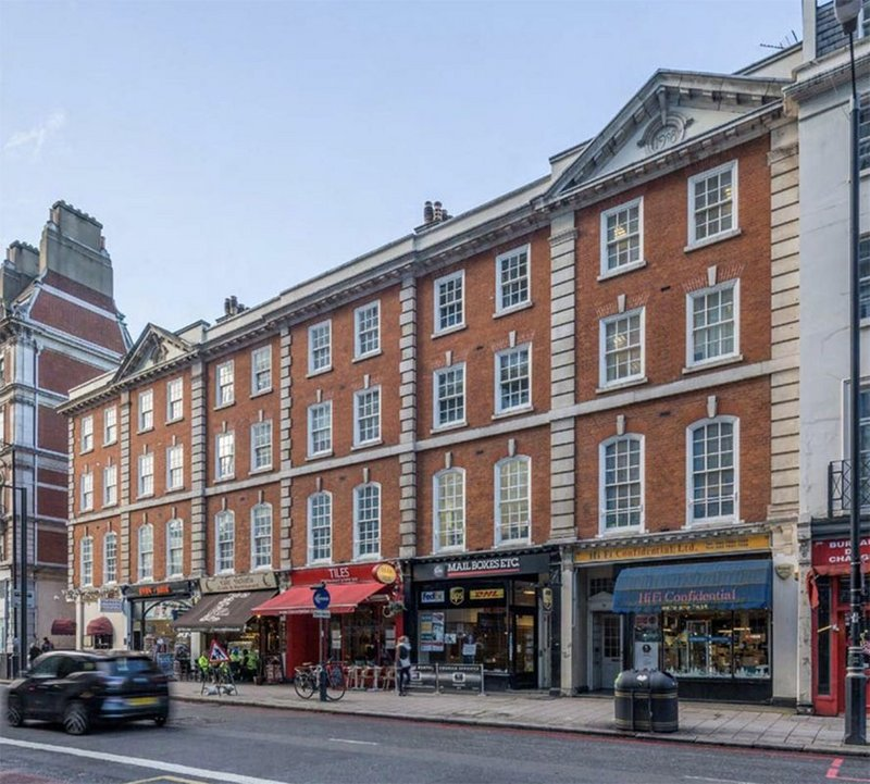 A reduction of 80% in energy demand was the result of this significant retroft on flats in Belgravia.